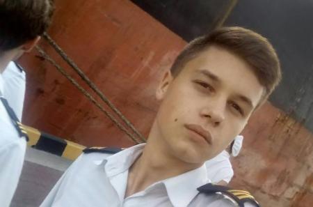 Верните нас домой: самый молодой пленный моряк написал из российского СИЗО