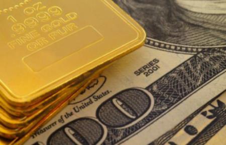 Порошенко рассказал, сколько денег в золотовалютном резерве Украины
