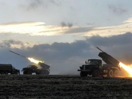 РФ передала боевикам на Донбассе