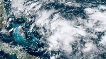 На Багамские острова надвигается новый ураган –