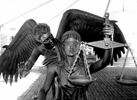 Верховенство права или О том, чего больше нет