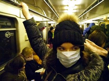 Врачи объяснили, помогают ли медицинские маски уберечься от эпидемий гриппа и ОРВИ
