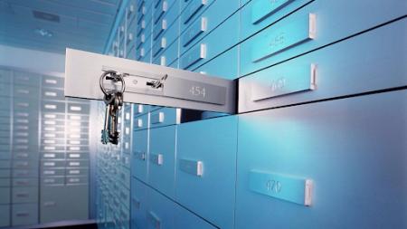 В НБУ предлагают открыть налоговикам доступ к банковской тайне