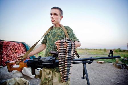 Окупанти не випускають дітей із «ДНР»