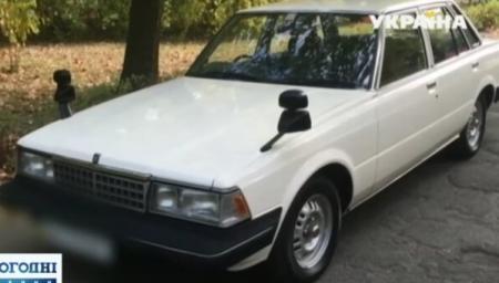 В Киеве нашли новый автомобиль, который был замурован 23 года
