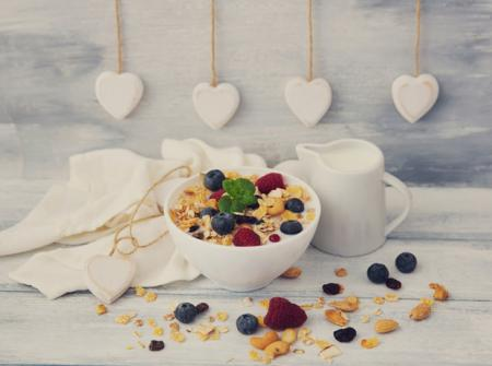 7 продуктов, которые помогут худеть, пока вы спите