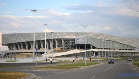 630_360_1447507231-3408-futbolnyiy-stadion-arena-lvov_29.05.21