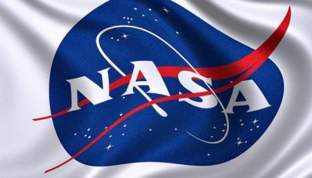 NASA приостанавливает соглашение со SpaceX по высадке людей на Луну