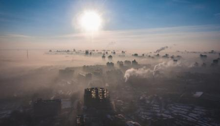 Киевлянам обещают, что загрязненный воздух развеется до конца июня