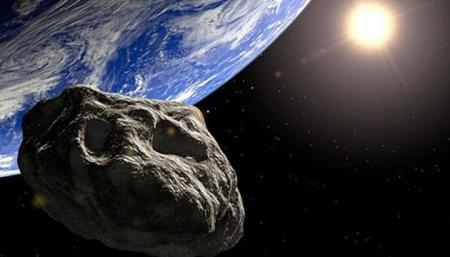 К Земле приблизился астероид, который вдвое больше статуи Свободы