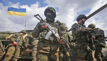 Порошенко подписал закон о выплатах семьям погибших военных