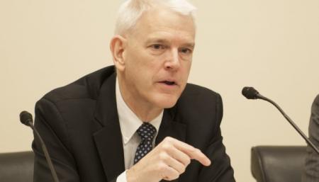 Экс-посол США назвал чрезмерной инициативу Зеленского о люстрации