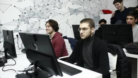 В Грузии открыли лабораторию искусственного интеллекта
