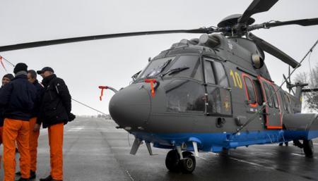 Спасатели и Нацгвардия тестируют модернизированные вертолеты Н-225 Super Puma