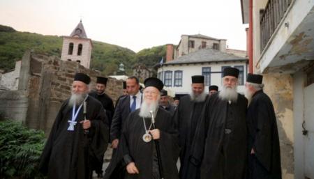 Афонские монахи стали на сторону Вселенского патриархата в отношении Украины, а не РПЦ