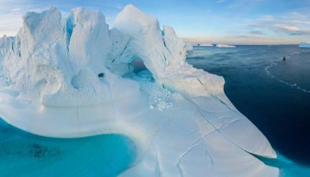 В Гренландии за день растаяло 8,5 миллиарда тонн льда - достаточно, чтобы подтопить всю Флориду