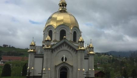 УГКЦ изучает ситуацию с уничтожением ценных росписей в храме на Львовщине