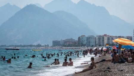 В Турции уже на 95% отели заполнены туристами