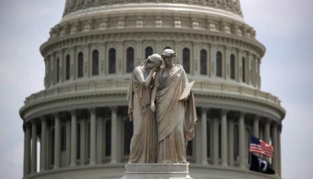 Сенаторы США из обеих партий выступают против перезагрузки отношений с Россией