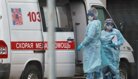 В России - 767 умерших за сутки, больше всего с начала пандемии