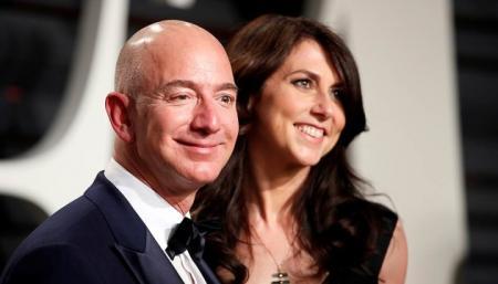 Экс-жена Безоса стала самой богатой женщиной в Штатах