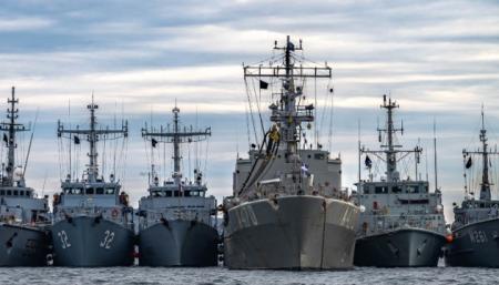 Украинские ВМС тренировались с кораблями НАТО в Черном море