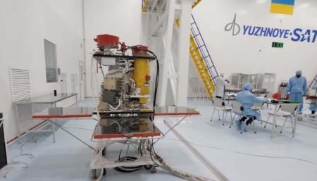 Украина заключила контракт на запуск спутника «Сич-2-30»