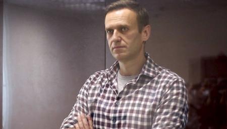 Навальный подал в суд на колонию из-за отказа предоставить Коран