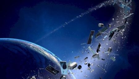 Спутники и мусор на орбите мешают изучать космос - астрономы