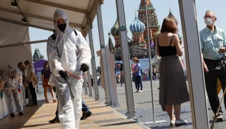 В России за два дня резко возросла смертность от коронавируса