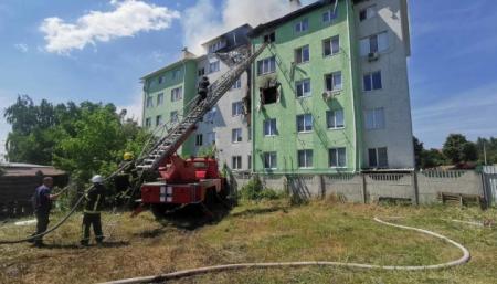 Пожар в Белогородке локализовали, в результате взрыва погиб человек