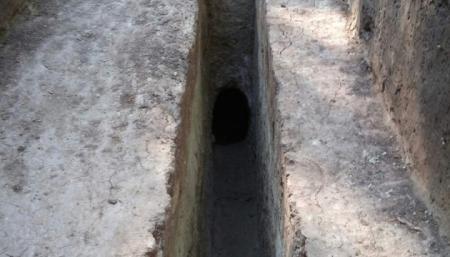 На Харьковщине нашли могильник железного века - с кожаной обувью и деревянной шкатулкой