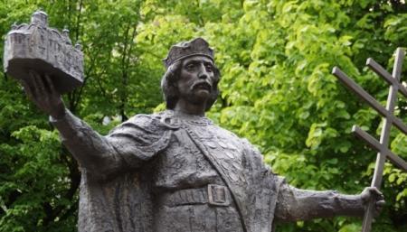 75% украинцев убеждены, что наследницей Киевской Руси является Украина
