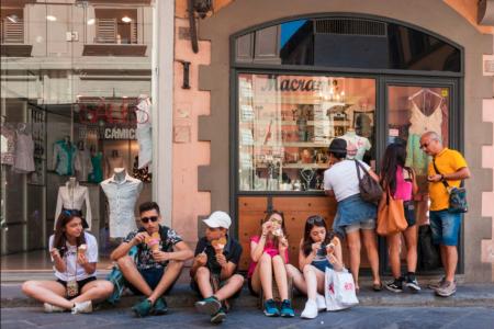 Во Флоренции запретили есть на улицах – штраф 500 евро