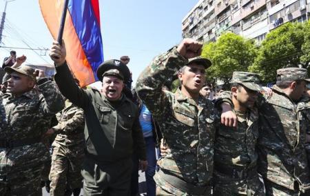 Armenia_Voennue_Mitingi_23.04.18