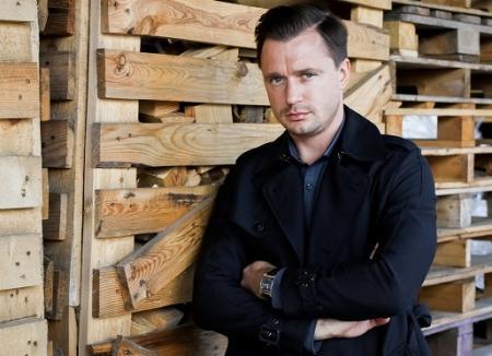 Artyom-Alekseev-v-seriale-Nezakrytaya-mishen-2021