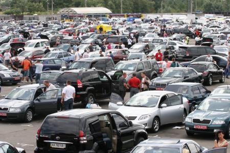 Ціни на авто можуть обвалитися: в Україні хочуть скасувати ввізне мито