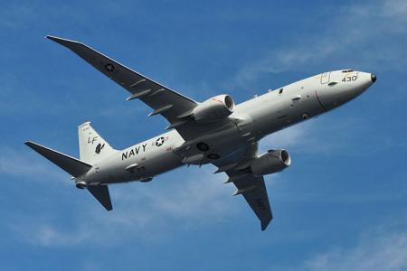 Boeing_P-8A_Poseidon_flies_over_Jacksonville_1
