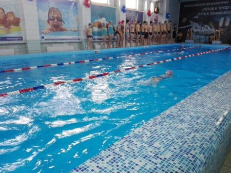 В Кемеровской области РФ массовое отравление детей хлором в бассейне