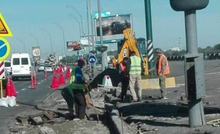 Киев: 1 октября закрывается движение транспорта по Набережному шоссе
