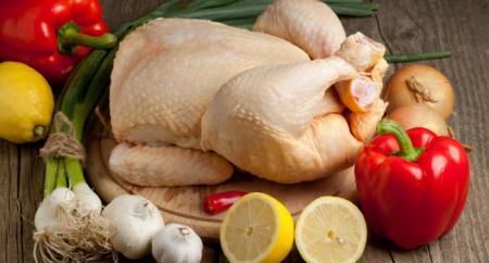 В сентябре в Украине подорожали мясо, сало, масло и овощи