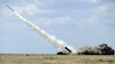 Украина начнет серийное производство ракет залпового огня - Турчинов