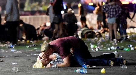 Стрельба в Лас-Вегасе: погибли более 20 человек, около 100 раненых