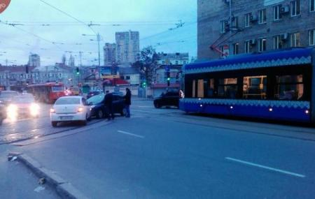 Kiev_DTP_Tramvai