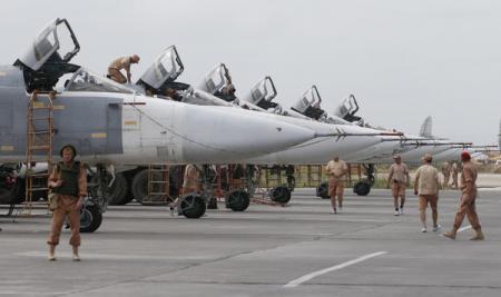 Авиабаза России в Сирии подверглась нападению - СМИ