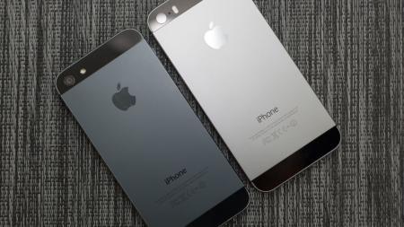 V-Rossii-mogut-zablokirovat-vse-serye-smartfony-vklyuchaya-iPhone-1