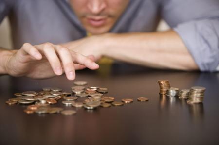 Украинцы рассказали, на сколько им повысили зарплату