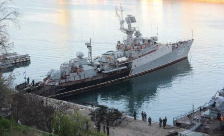 Путин готов отдать Киеву то, что осталось от украинских кораблей и авиатехники в Крыму