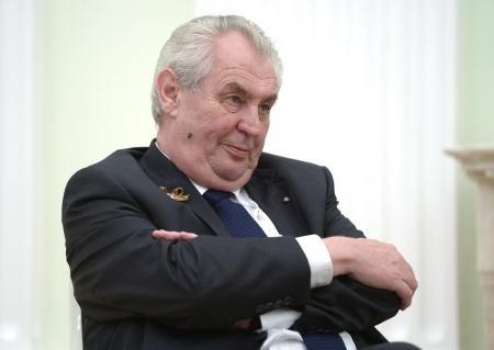 Президент Чехии предлагает заплатить Украине и узаконить аннексию Крыма