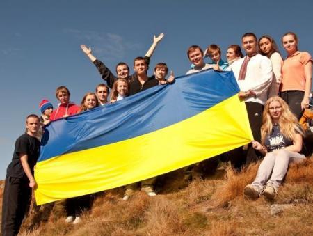 Кому и чему верит молодежь в Украине